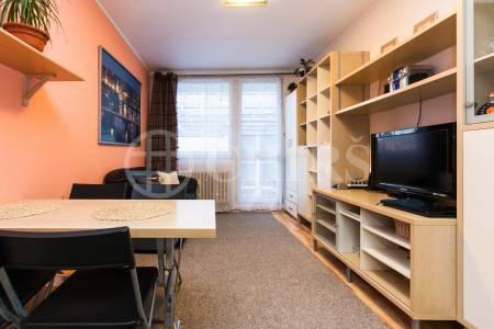 Prodej bytu 2+kk/L, OV, 40m2, ul. Makovského 1177/1, Praha 6 - Řepy