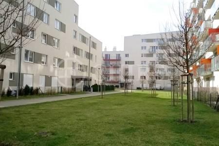 Pronájem bytu 1+kk, OV, 45m2, ul. Petržílkova 2705/32, Praha 5 - Hůrka