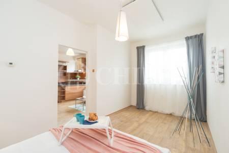 Prodej bytu 2+kk, OV, 41m2, ul. Svojsíkova 1436/9, Praha 6 - Břevnov