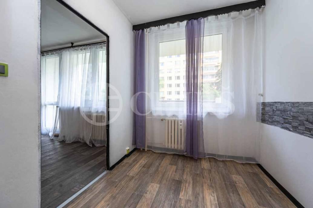 Prodej bytu 3+1 s lodžií, OV, 71m2, ul. Přecechtělova 2227/10, Praha 5 - Stodůlky