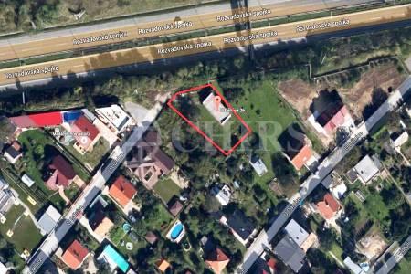 Prodej pozemku, OV, 762m2, ul. U dálnice 26, Praha 13 - Stodůlky