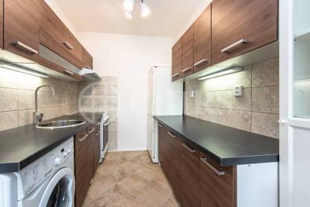 Pronájem bytu 2+kk, DV, 43m2, ul. Bronzová 2018/17, Praha 5 - Stodůlky