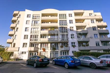 Pronájem bytu 4+kk se dvěma lodžiemi, OV, 144m2, ul. Renoirova 1051/2a, Praha 5 - Hlubočepy