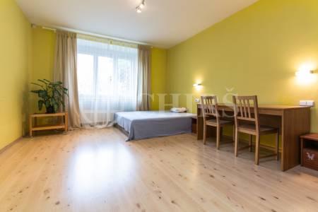 Prodej bytu 2+kk, OV, 51 m2, ul. Novgorodská 948/8, Praha 10 - Vršovice