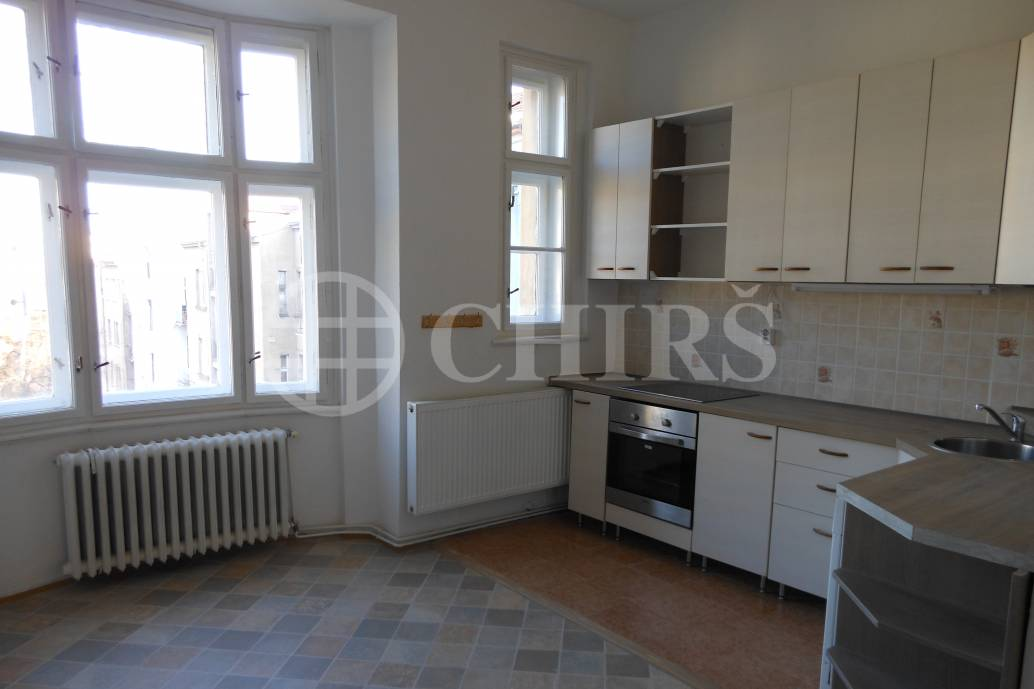 Pronájem bytu 3+1, OV, 100m2, ul. K Brusce 282/4, Praha 6 - Hradčany