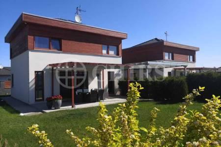Prodej rodinného domu 5+kk, OV, 120m2, Žebrák, okr. Beroun