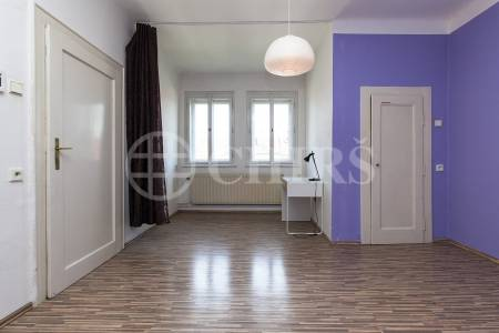Pronájem bytu 2+kk, OV, 50 m2 ,ul. Menšíkovská, P-6 Dejvice