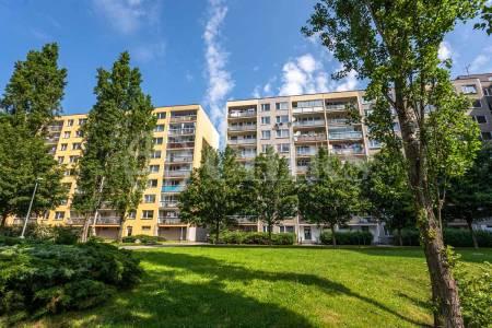Pronájem bytu 3+1 s lodžií, OV, 71m2, ul. Přecechtělova 2240/5, Praha 5 - Stodůlky