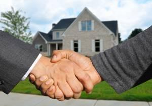 Proč je prodej nemovitosti bez realitní kanceláře nevýhodný?