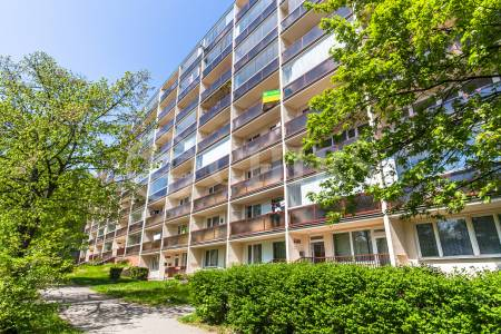 Prodej bytu 3+1, OV, 75m2, ul. Třeboradická 1076/49, Praha 8 - Kobylisy
