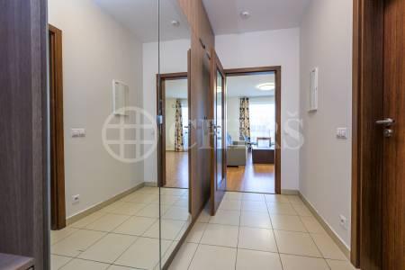 Pronájem bytu 1+kk, OV, 36m2, ul. Nárožní 2787/7a, Praha 5 - Stodůlky