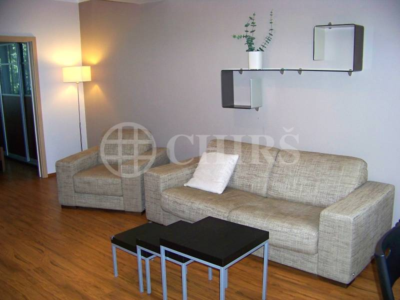 Prodej zrekonstruovaného bytu 3+1, OV, sklep, P6 - Petřiny, ul. Šumberova