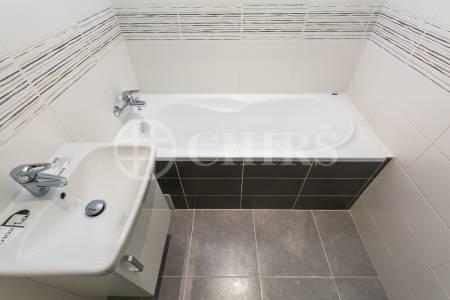 Prodej bytu 3+1, OV, 64m2, ul. Pod Dálnicí 1237/9, Praha 4 - Michle