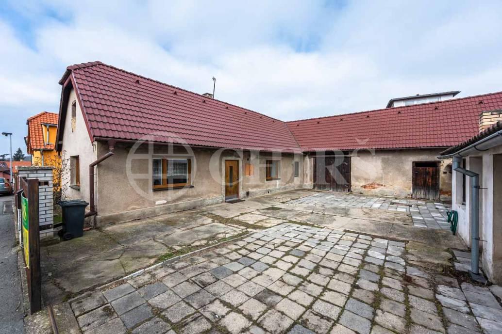Prodej chalupy 2+1, 71m2, ul. K Výboru 42, Praha 12 - Točná