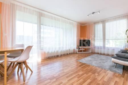 Prodej bytu 2+kk/L, OV, 60m2, ul. Otopašská 829/2, Praha 5 - Jinonice