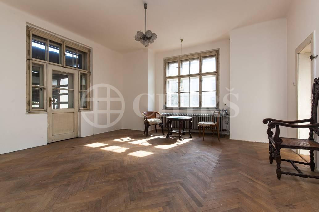 Prodej RD 6+1, OV, 275m2, ul. Na Pískách 1416/85, Praha 6 - Hanspaulka
