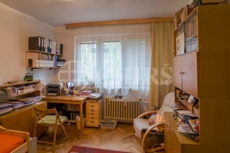 Prodej bytu 3+1, OV, 73 m2, ul. Kamerunská 607/1, Praha 6
