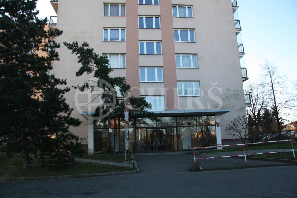 Pronájem bytu 1+kk, OV, 25m2, ul. Vavřenova 1170, P-4 Braník