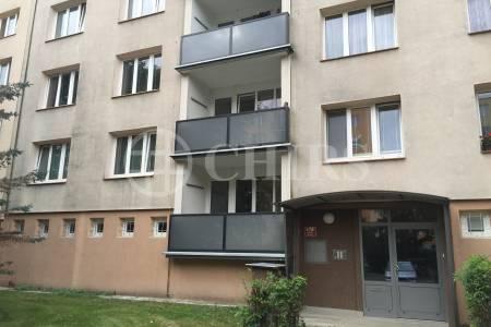 Prodej bytu 2+1/L, OV, 62m2, ul. Seidlova 470/9, P-4 Kamýk