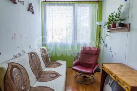 Prodej bytu 3+1/2L, 63 m2, ul. Radimova, P-6 Břevnov