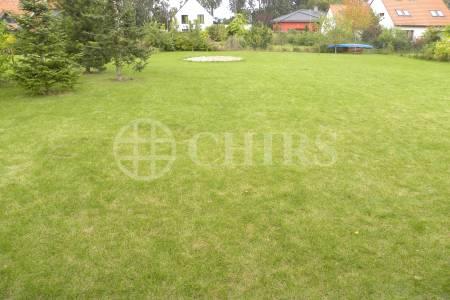 Prodej pozemku, 842m2, ul. Lipová, Praha - západ - Chýně