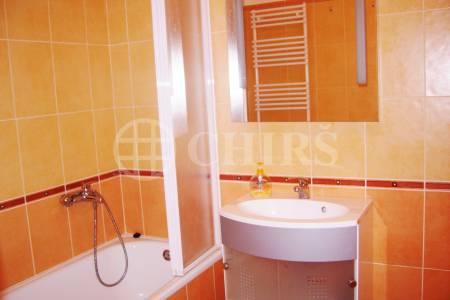 Prodej bytu 2+kk/GS, OV, 63 m2, ul. U Kloubových domů 330/8, P-9 Vysočany