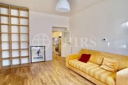 Pronájem bytu 2+kk, 53 m2, Šlikova 6, Praha 6 - Břevnov