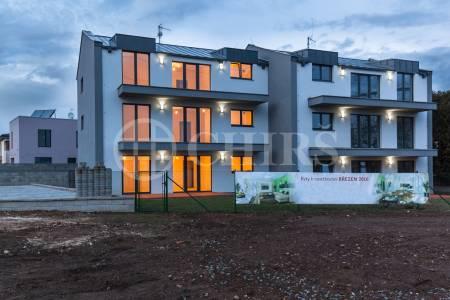 Prodej bytu 4+kk/B, OV, 87m2, ul. Neffova 1184/4, Praha 5 - Řeporyje