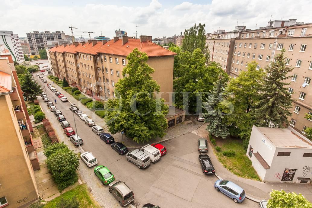 Pronájem bytu 2+kk, OV, 59m2, ul. Novorossijská 977/16, Praha 10 - Vršovice