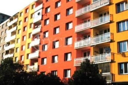 Pronájem bytu 2+1/L, DV, 70m2, ul. Zárubova 495/28, P-12 Kamýk