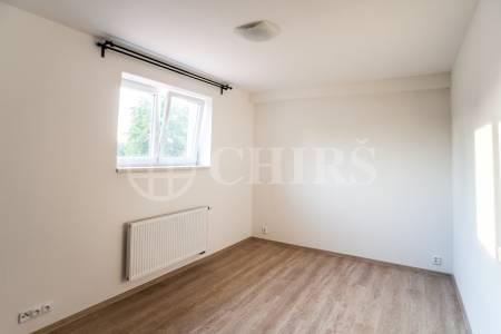 Pronájem bytu 1+kk, OV, 22m2, ul. Na Radosti 109/28, Praha 5 - Zličín