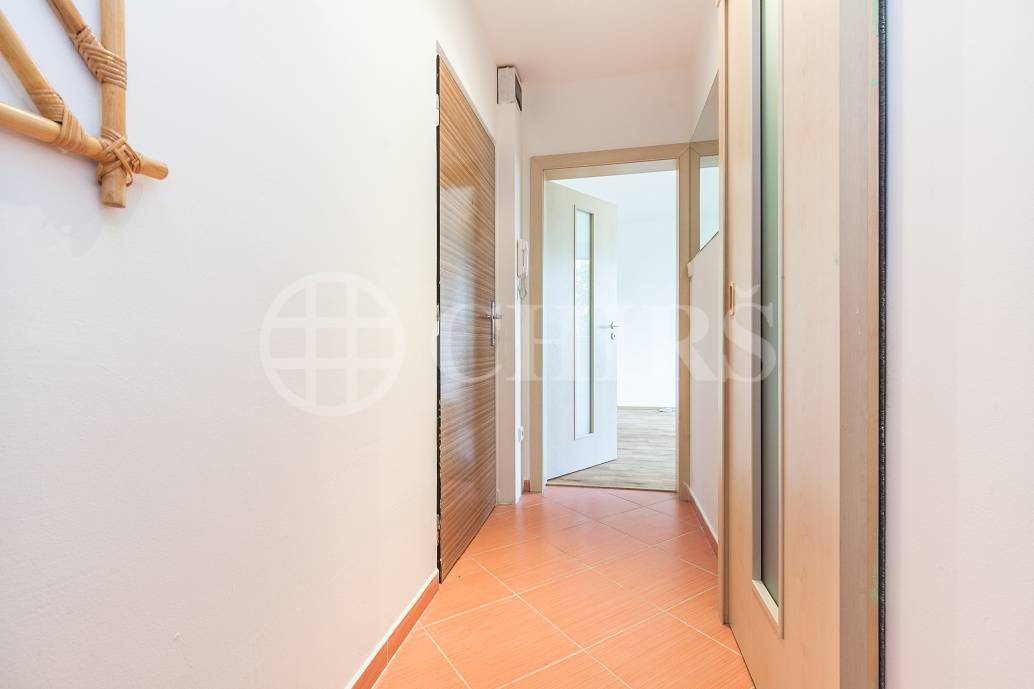 Prodej bytu 3+1, DV, 59m2, ul. Sulická 461/10, Praha 4 - Lhotka