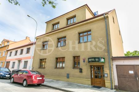 Prodej komerčního objektu, OV, 483 m2, Konzumní 253/14, Praha 9 - Hloubětín