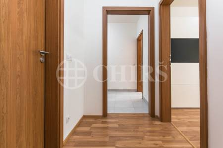 Pronájem bytu 3+kk s lodžií a garážovým stáním, OV, 82m2, ul. Márova 2805/4 , Praha 5 - Stodůlky
