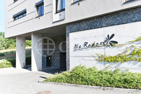 Prodej bytu 2+kk s balkonem, OV, 62m2, ul. Plzeňská 2761/315, Praha 5 - Stodůlky