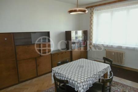 Prodej bytu 2+1+hala, OV, 77m2, ul. Černokostelecká 111, P-10  Strašnice