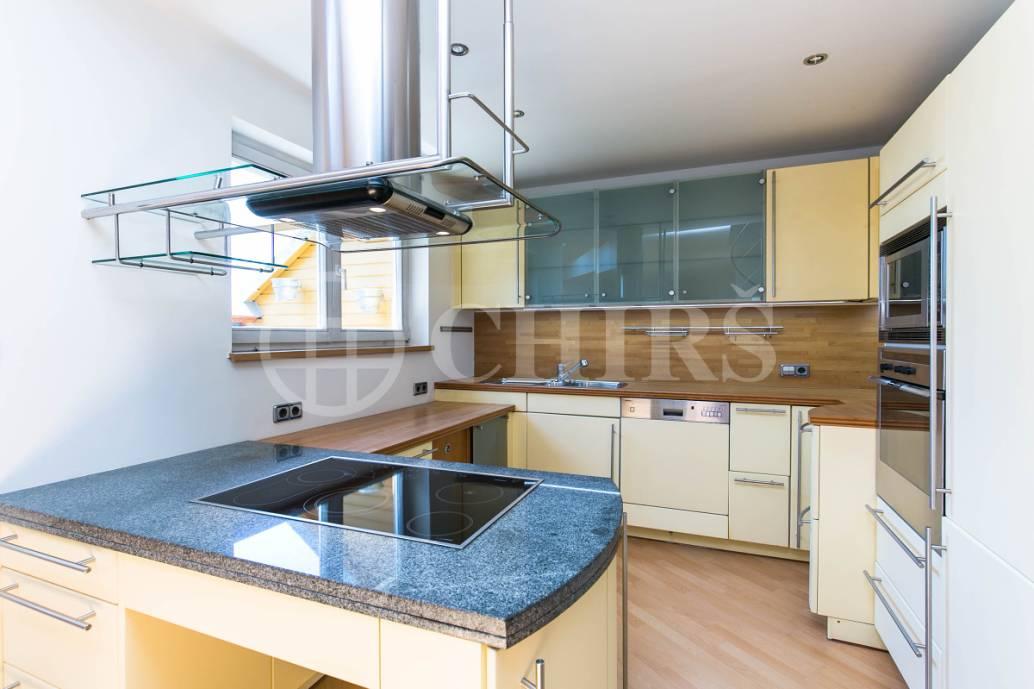 Prodej bytu 4+kk s terasou, OV, 186m2, ul. Na Okraji 439/46A, Praha 6 - Veleslavín
