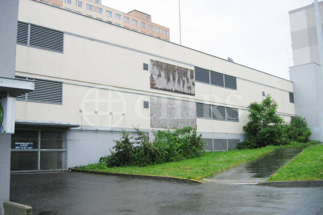 Prodej garáže, OV, 25m2, ul. Archeologická 2621/5, Praha 13 - Lužiny