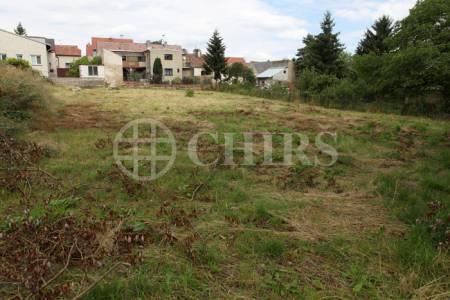Prodej pozemku 1557m2, OV, Jinočany, Praha - západ